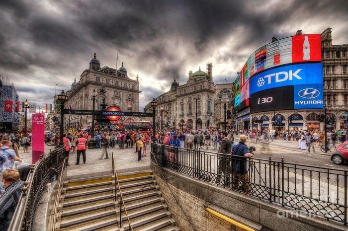 piccadilly-circus--london